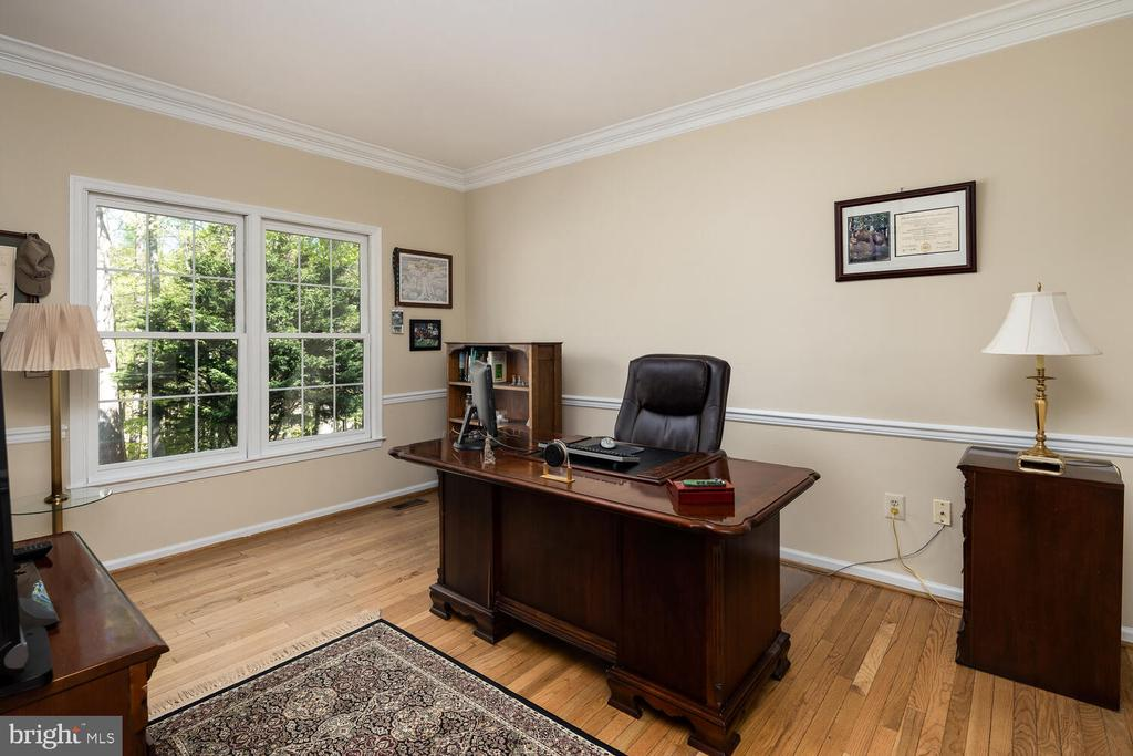 Main Level Study - 10654 CANTERBERRY RD, FAIRFAX STATION