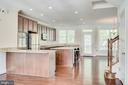 - 7892 CARBONDALE WAY, SPRINGFIELD
