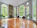 Floor to ceiling windows bring the outside in! - 11009 HAMPTON RD, FAIRFAX STATION
