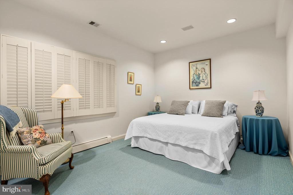 Bedroom 6 - 2208 KALORAMA RD NW, WASHINGTON
