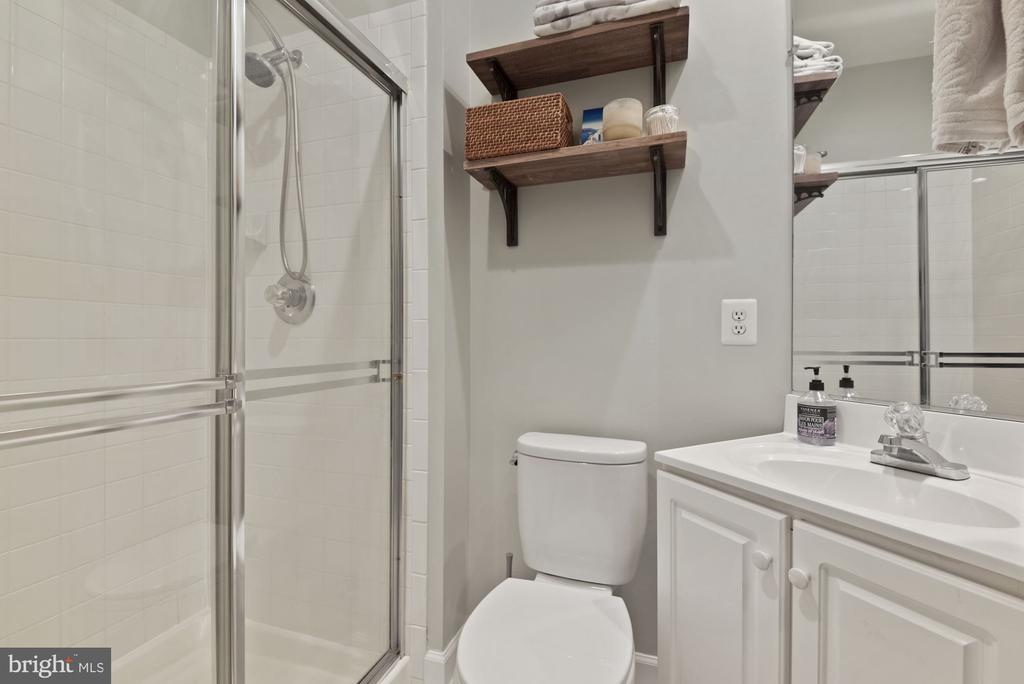 First full bath - 2310 14TH ST N #206, ARLINGTON