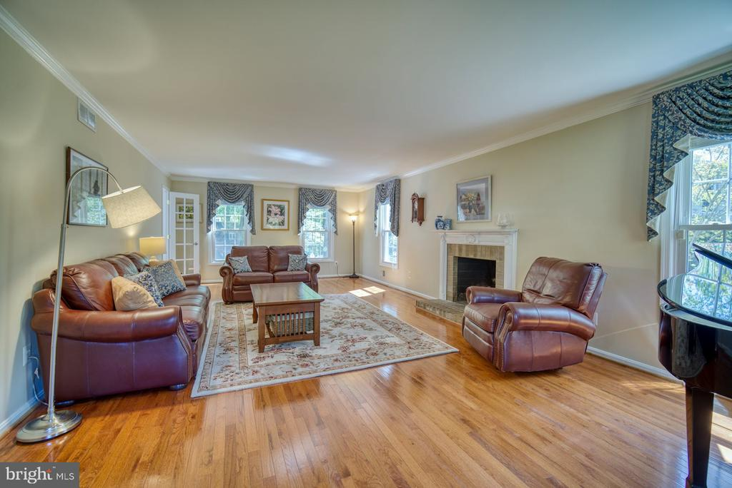 Living Room with wood burning fireplace - 2645 BLACK FIR CT, RESTON
