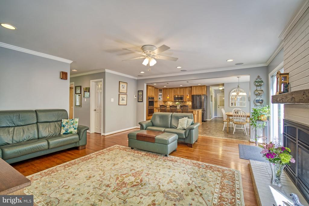 Family Room off the Kitchen - 2645 BLACK FIR CT, RESTON