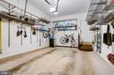 Oversize one car garage - 1206 WOODBROOK CT, RESTON