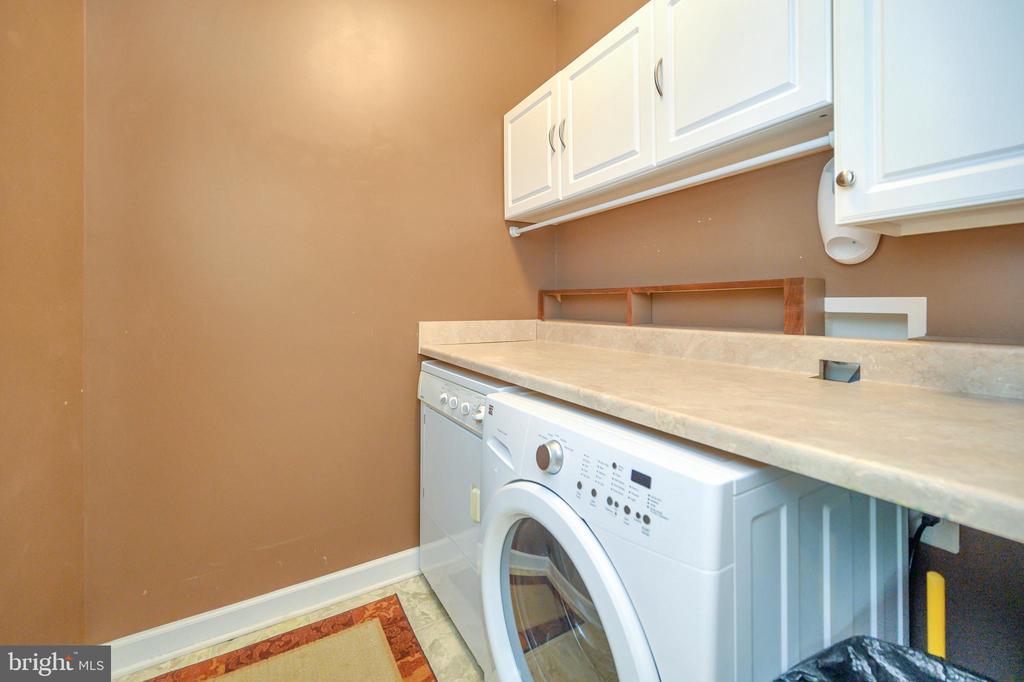 Laundry room - 609 STRATFORD CIR, LOCUST GROVE
