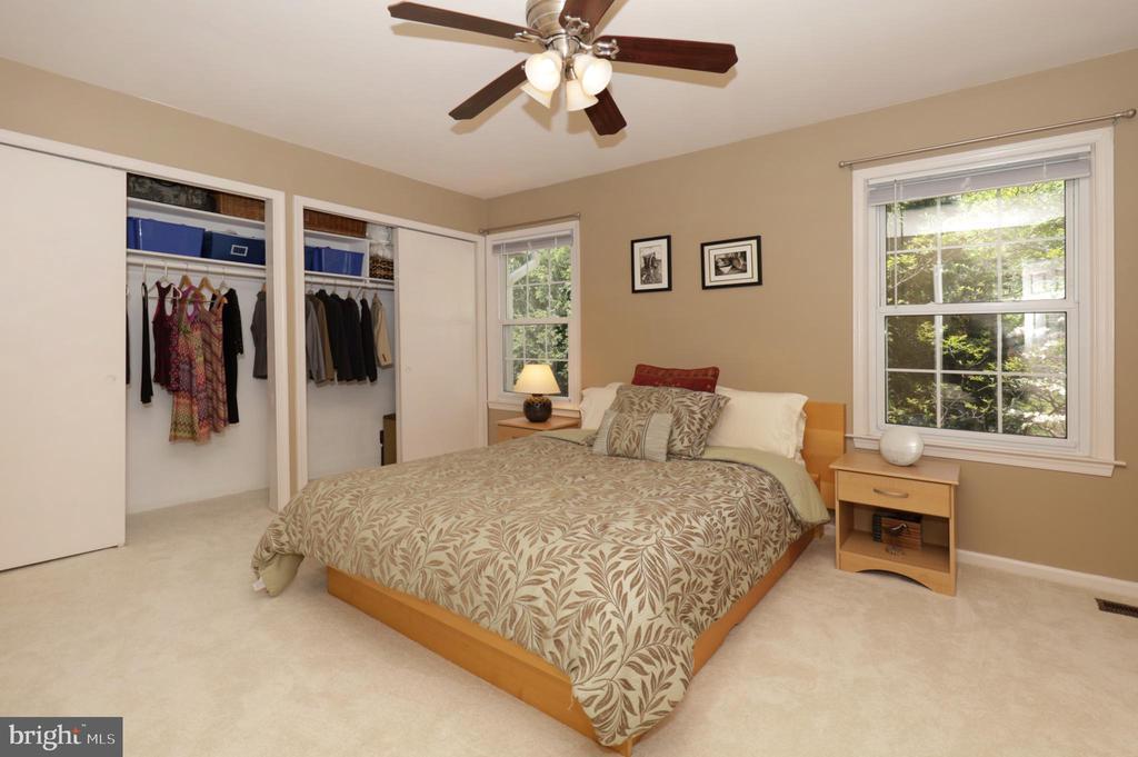Upper Level Bedroom 1 - 2917 S WOODSTOCK ST #A, ARLINGTON