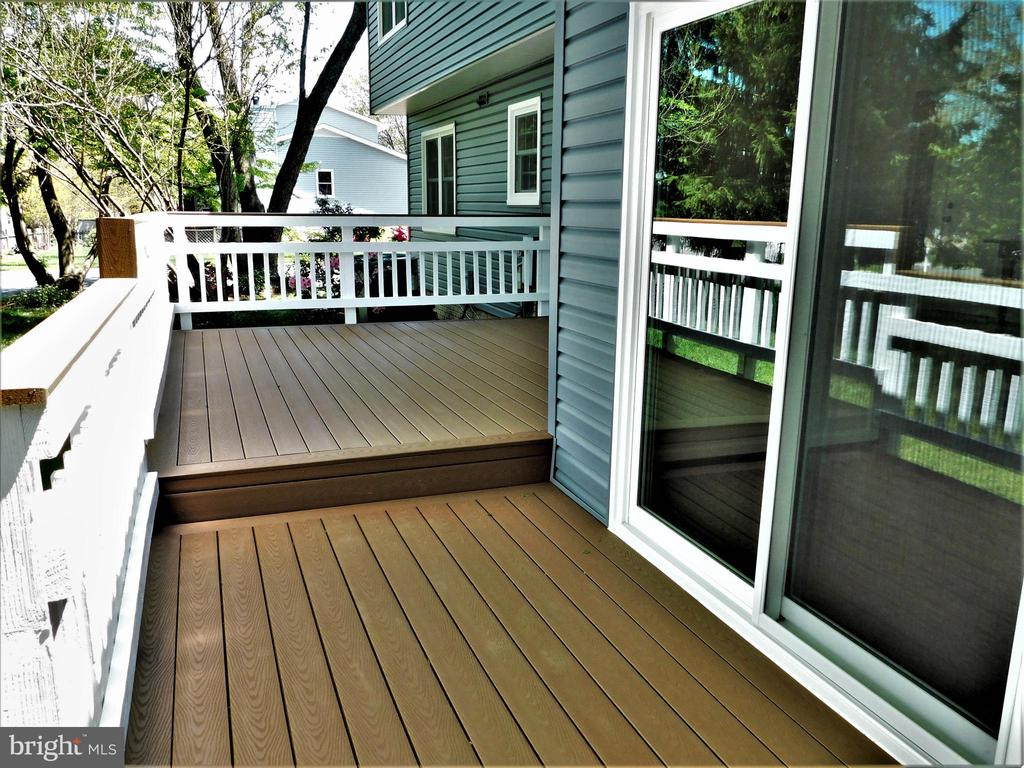 Lower level Trex deck at Family Room SG doors - 12520 BROWNS FERRY RD, HERNDON