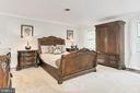 Primary Bedroom w/W-I & Steam Shower Bath - 10700 HAMPTON RD, FAIRFAX STATION