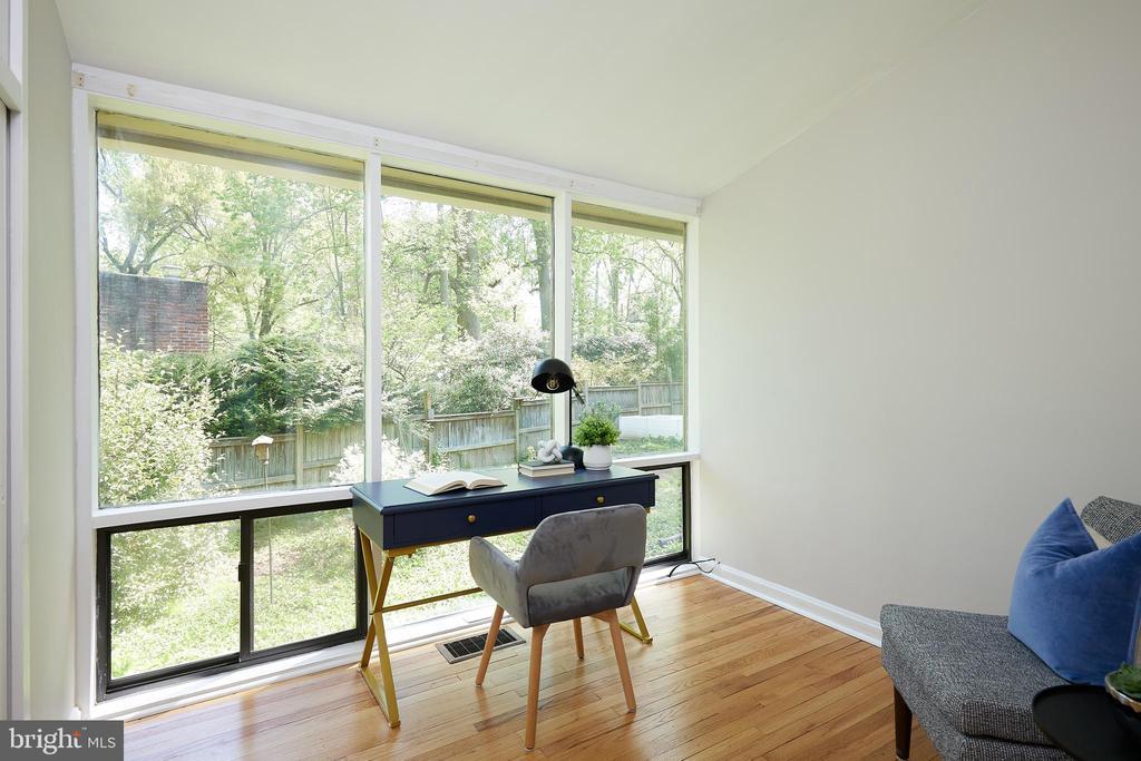 Office/ bedroom/nursery - 11530 HIGHVIEW AVE, SILVER SPRING