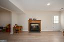 Gas fireplace w/mantle, new LVP flooring - 4 CATHERINE LN, STAFFORD
