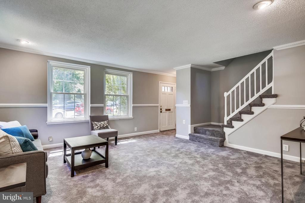Almost 1,700 sq ft of living space! - 4839 27TH RD S, ARLINGTON