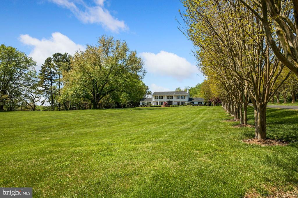 5 Acres of Gorgeous Views - 7608 MANOR HOUSE DR, FAIRFAX STATION