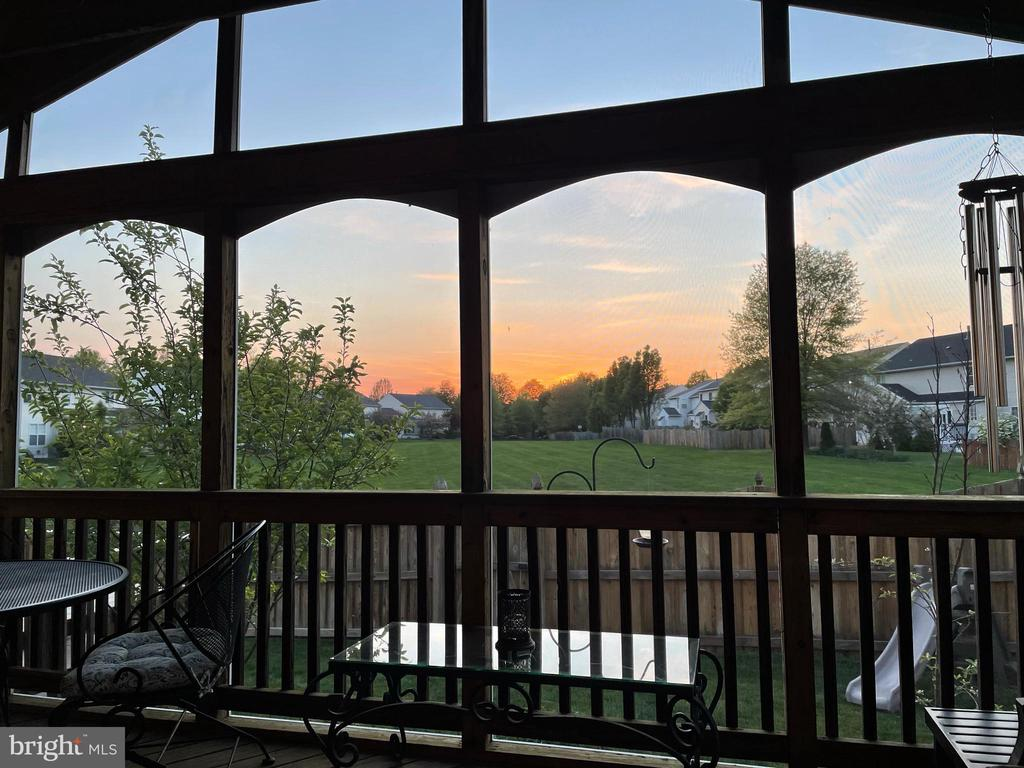Enjoy watching the sunset on the back porch! - 122 BALCH SPRINGS CIR SE, LEESBURG