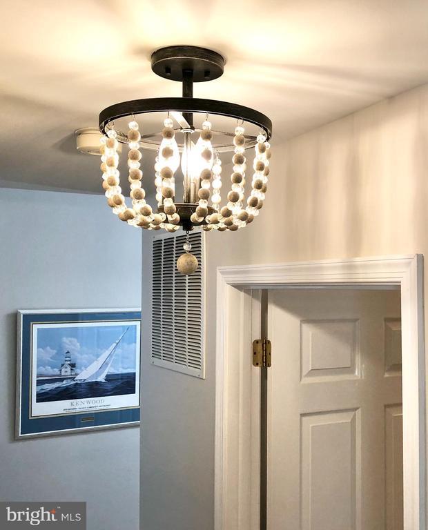 Even the Hallway has Personality! - 222 BIRDIE RD, LOCUST GROVE