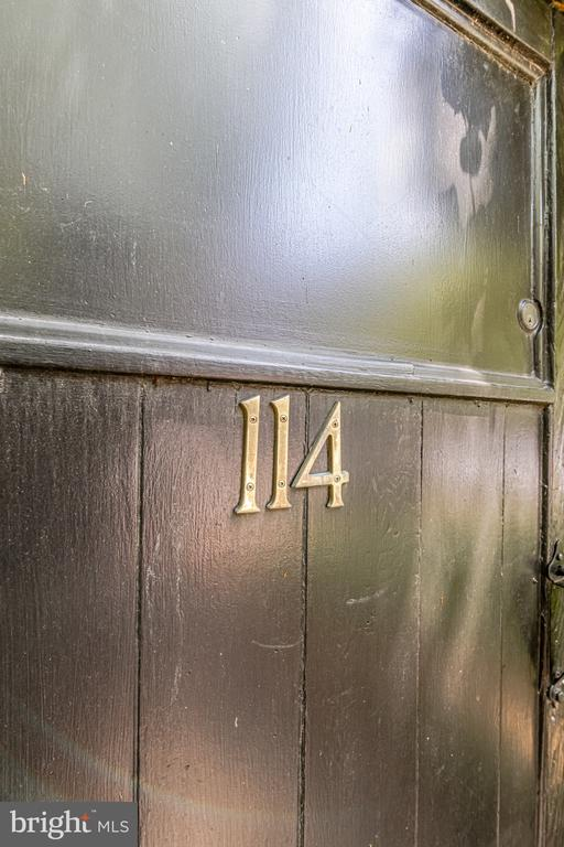 - 114 CAMERON MEWS, ALEXANDRIA