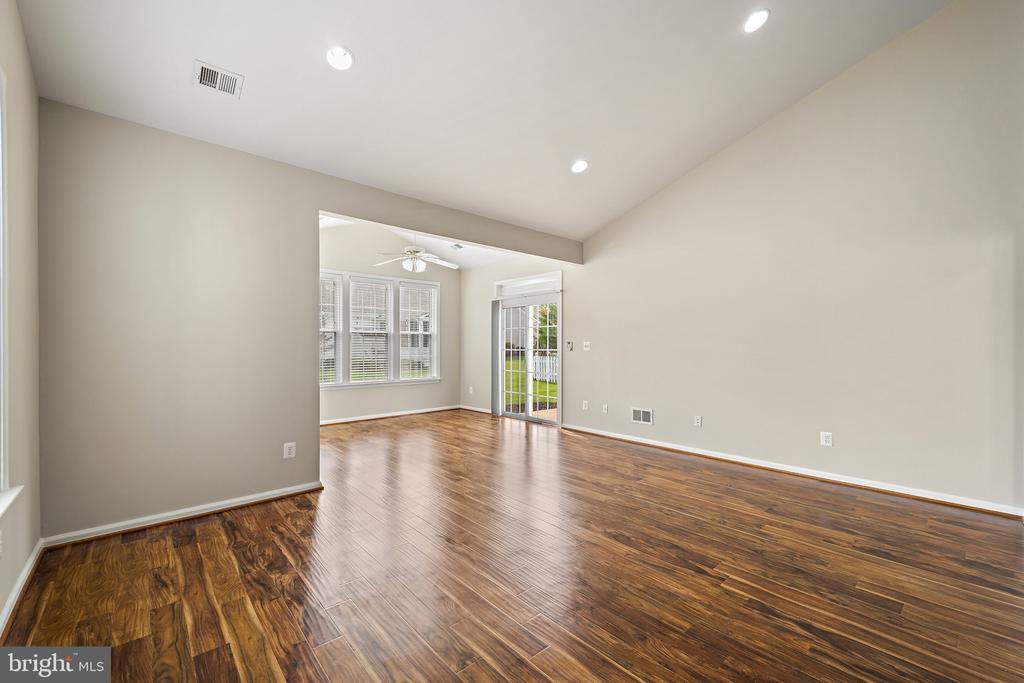 Sitting Room/Office Space/Den - 6293 CULVERHOUSE CT, GAINESVILLE