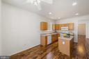 Bright and Light Kitchen located in front of house - 6293 CULVERHOUSE CT, GAINESVILLE