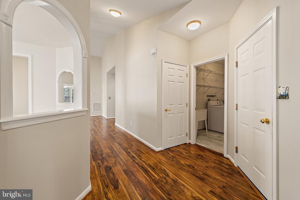 Foyer - 6293 CULVERHOUSE CT, GAINESVILLE