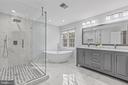 Beautiful master bathroom! - 304 BERRY ST SE, VIENNA