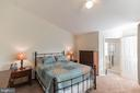Master bedroom w/ two walk-in closets - 43017 EUSTIS ST, CHANTILLY