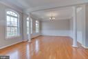 Formal Living Room / Dining Room - 13297 SCOTCH RUN CT, CENTREVILLE