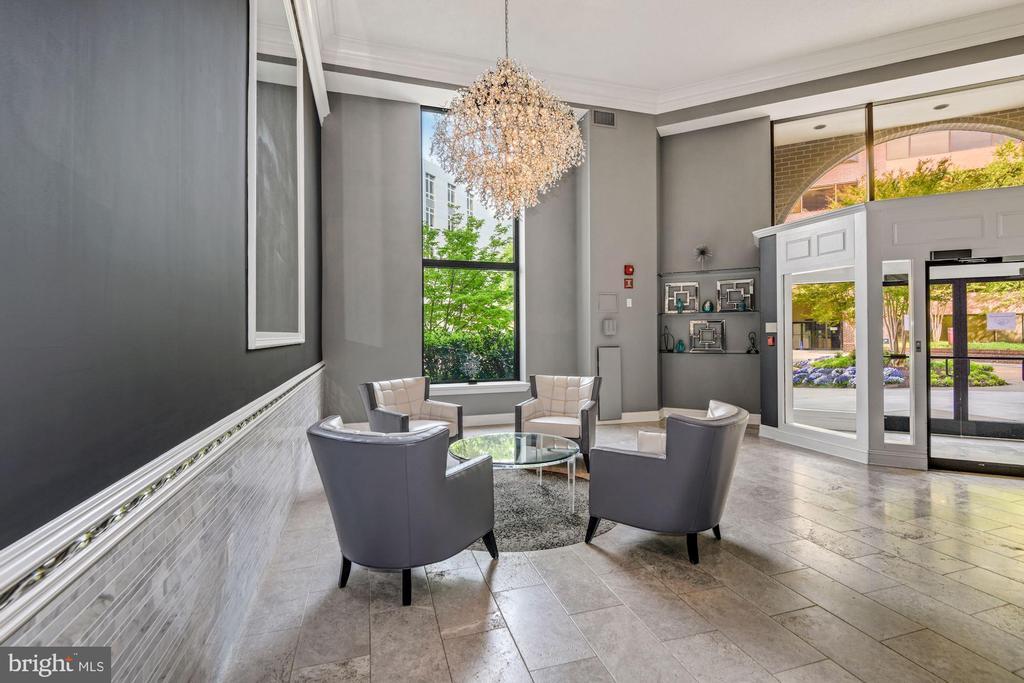 Recently Remodeled Lobby - 2111 WISCONSIN AVE NW #524, WASHINGTON