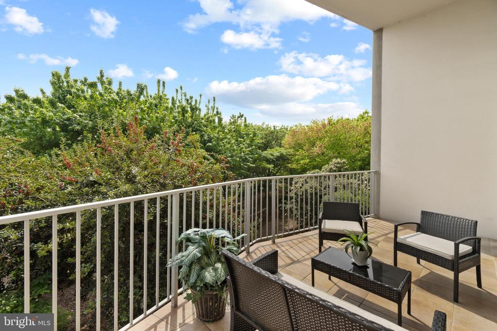 Private, oversized balcony - 1200 N NASH ST #240, ARLINGTON