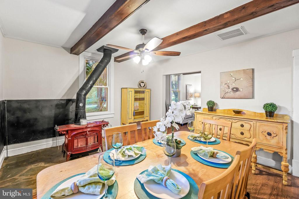 Dining Room with Wood Stove - 19315 LIBERTY MILL RD, GERMANTOWN