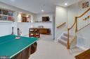 A game lovers Paradise! - 42624 LEGACY PARK DR, BRAMBLETON