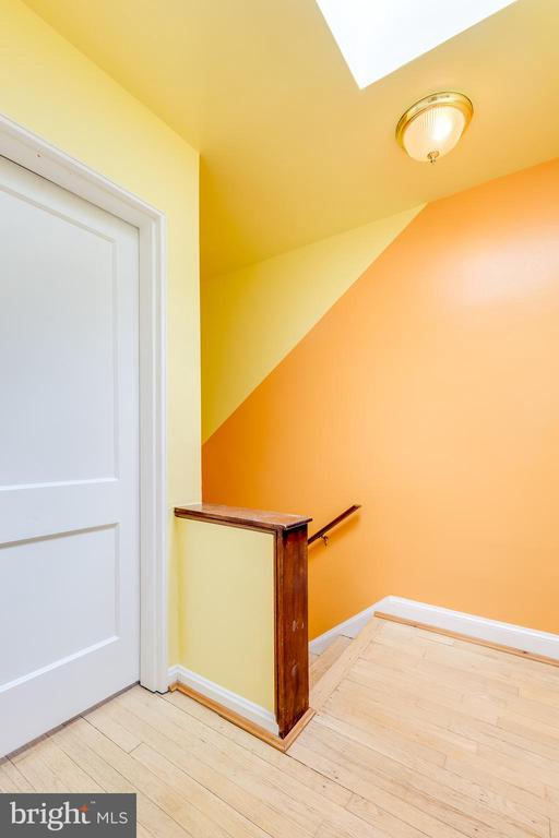 Stairs to basement with new carpet - 3206 13TH RD S, ARLINGTON