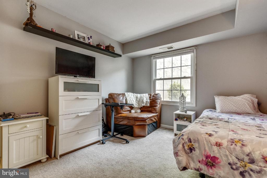 Second bedroom - 5801-J REXFORD DR #807, SPRINGFIELD
