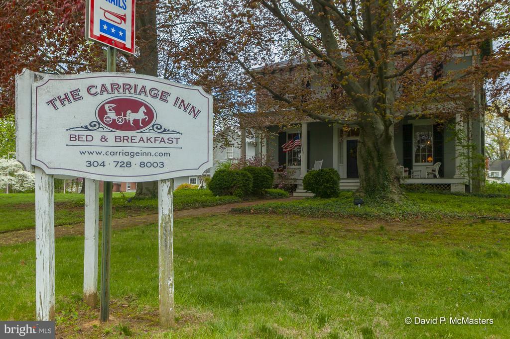 The Carriage Inn  Operated as a B&B since 1985 - 417 E WASHINGTON ST, CHARLES TOWN