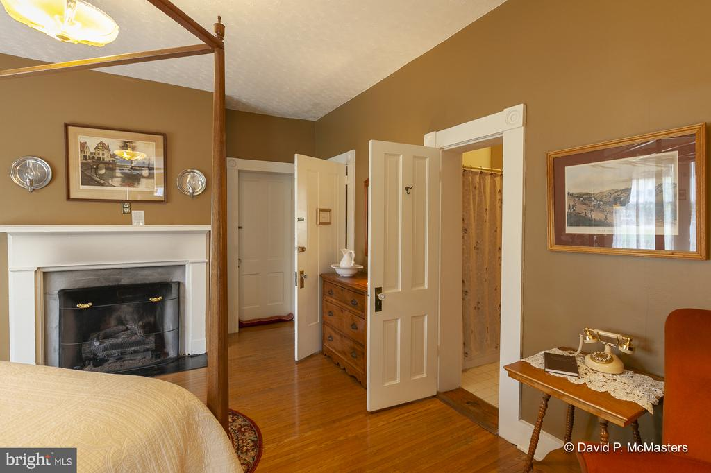 Second level Shenandoah  Suite  BR4 on this level - 417 E WASHINGTON ST, CHARLES TOWN