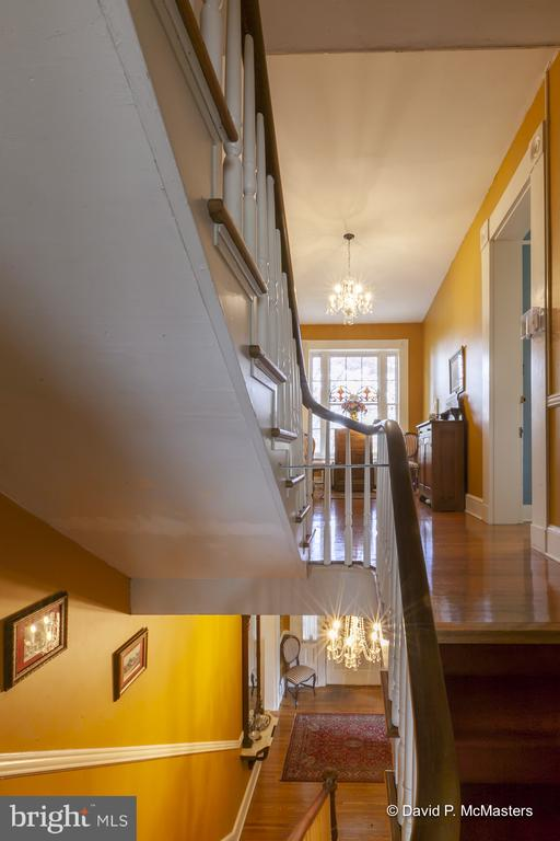 Staircase to 3rd level Robins' Nest Suite Br. Bath - 417 E WASHINGTON ST, CHARLES TOWN