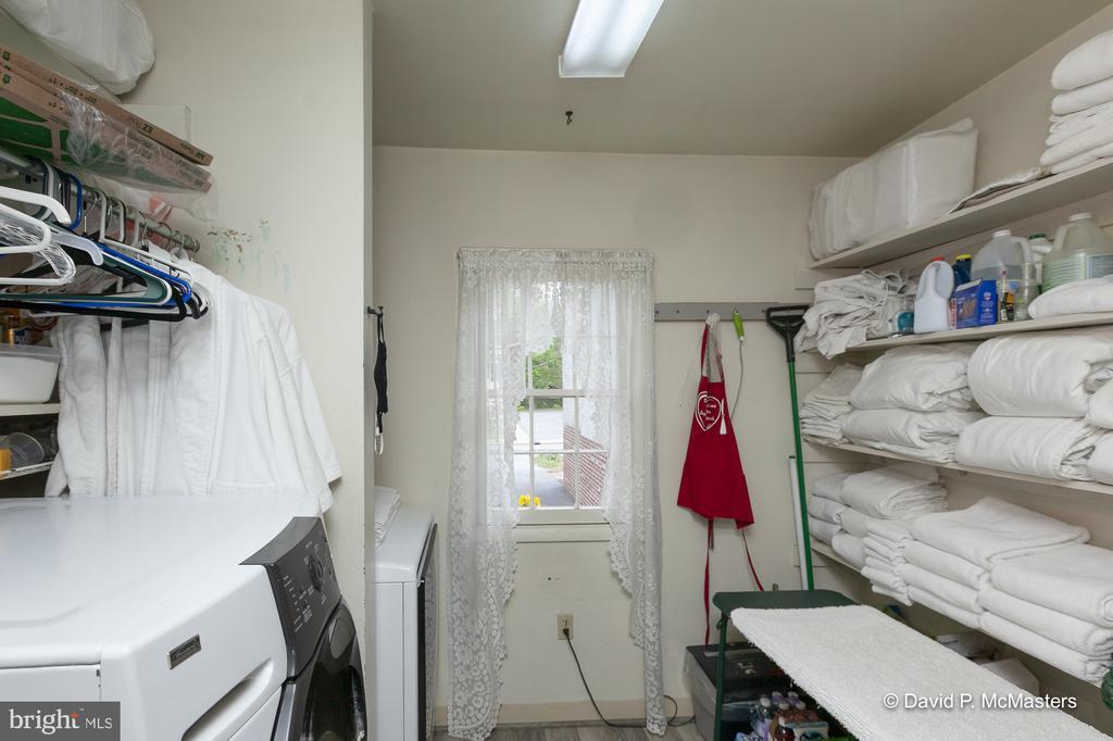 Laundry room - 417 E WASHINGTON ST, CHARLES TOWN