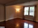 Living room 4 - 5832 CANVASBACK RD, BURKE