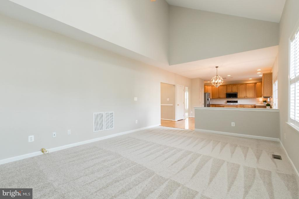 Family Room Open to Kitchen - 25466 GIMBEL DR, CHANTILLY