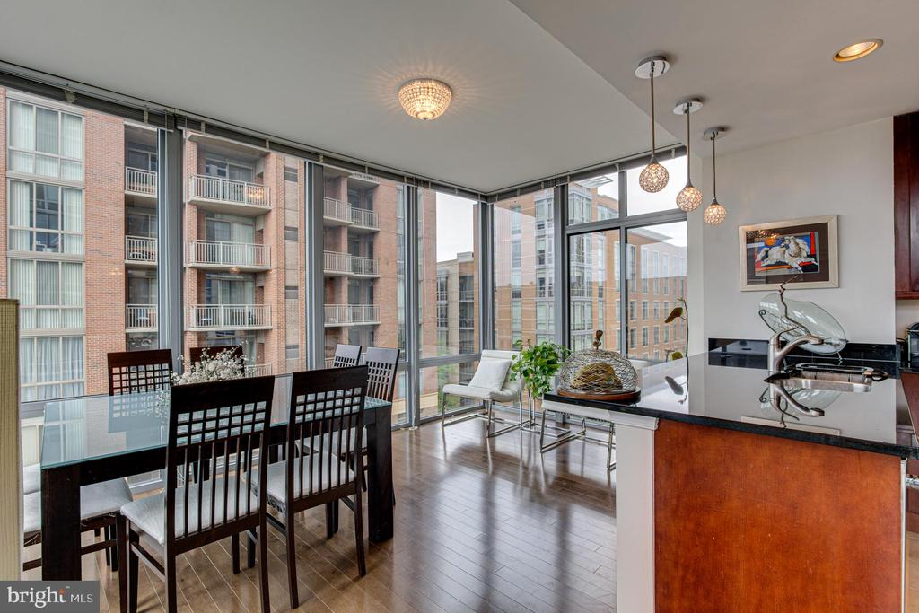 Family Room/Dining Room - 11990 MARKET ST #415, RESTON