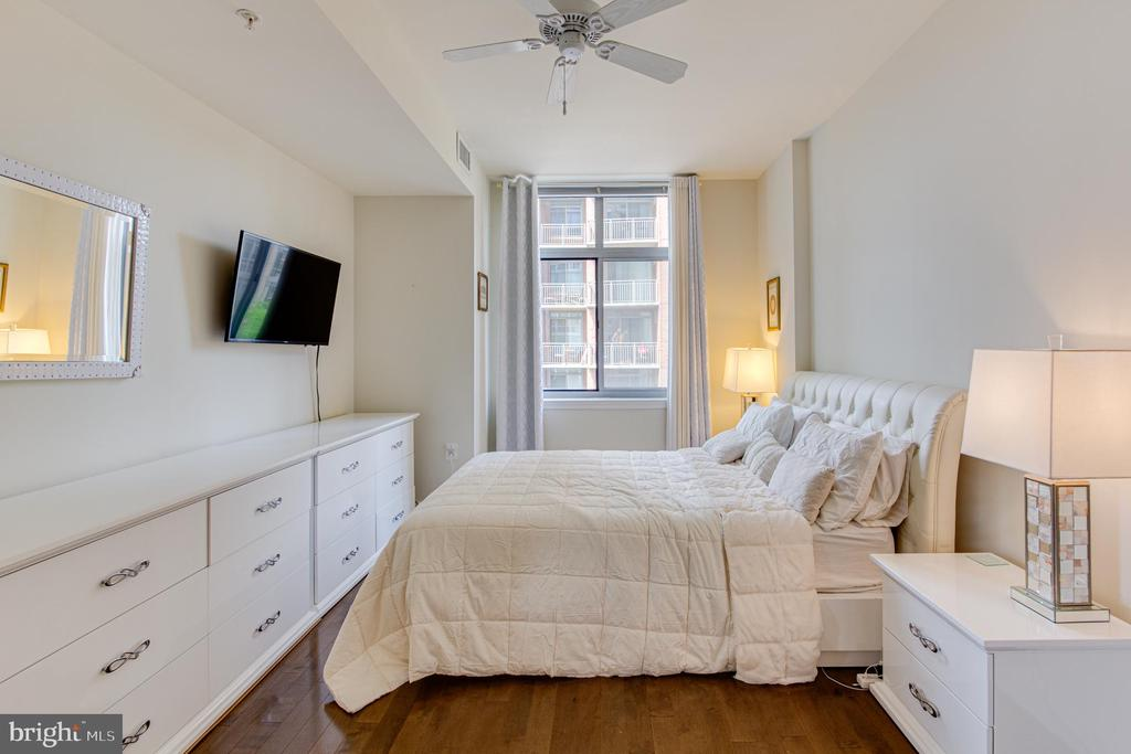Bedroom Primary - 11990 MARKET ST #415, RESTON