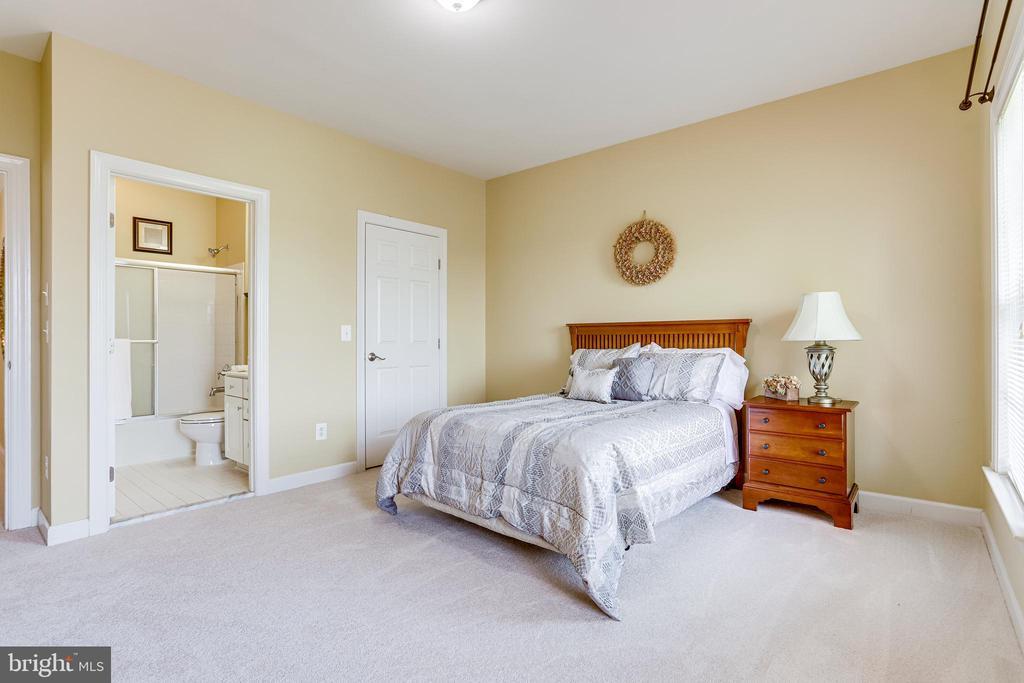 Bedroom 2 - 22339 DOLOMITE HILLS DR, ASHBURN