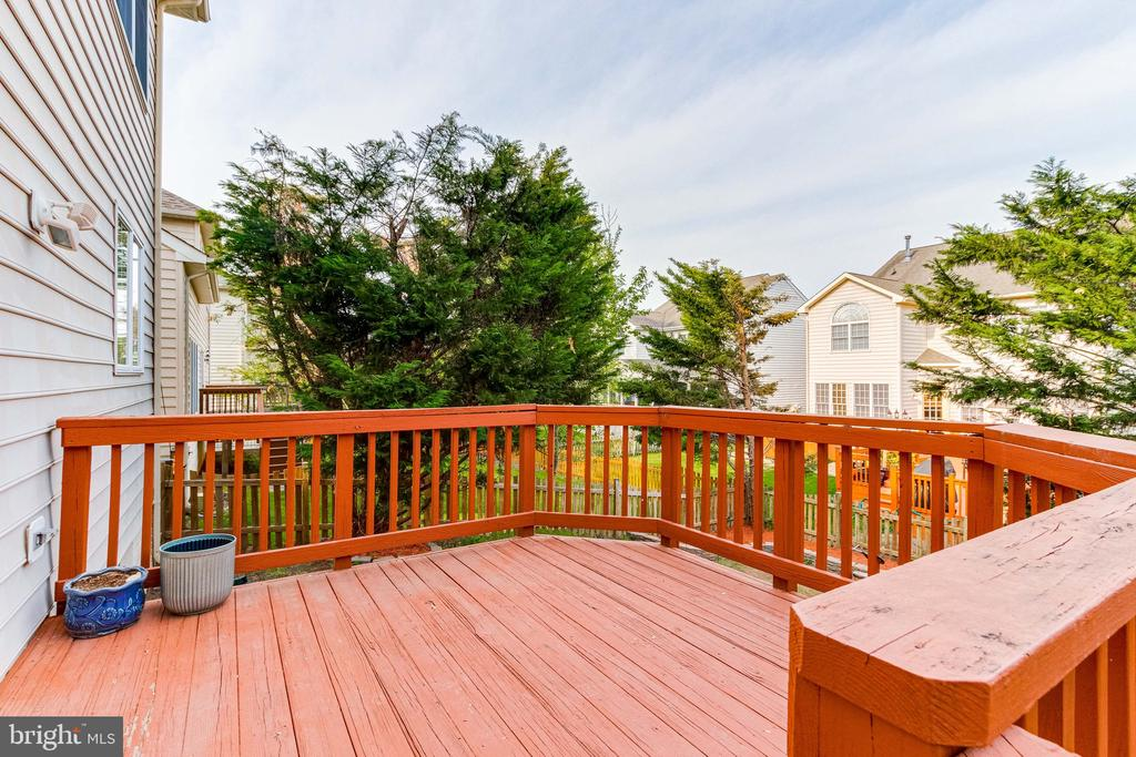 Deck - 25466 GIMBEL DR, CHANTILLY