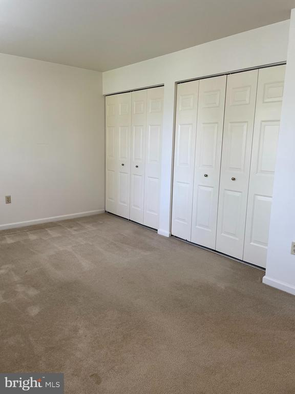 bedroom   double closets - 1006 BRINKER DR #102, HAGERSTOWN