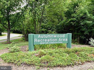 Steps to Autumnwood Recreation Area - 11949 GREY SQUIRREL LN, RESTON