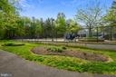 Trails through the park! - 11949 GREY SQUIRREL LN, RESTON