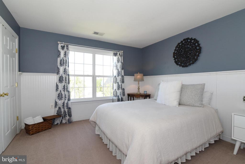 Bedroom 2 - 43298 HEATHER LEIGH CT, ASHBURN