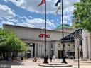 Courthouse Plaza movies, shops and restaurants - 2621 FAIRFAX DR, ARLINGTON