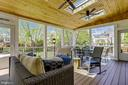 Spacious Trex Deck with Two Entrances - 43690 MINK MEADOWS ST, CHANTILLY