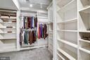 Large Primary Suite Closet with Organizers - 43690 MINK MEADOWS ST, CHANTILLY