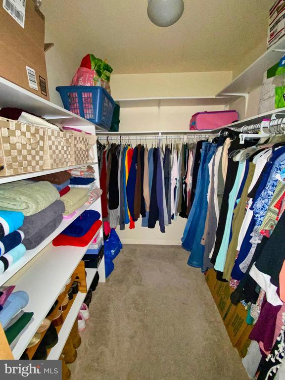 Suite 2 Walk In Closet - 12902 CHURCHILL RIDGE CIR #2-1, GERMANTOWN
