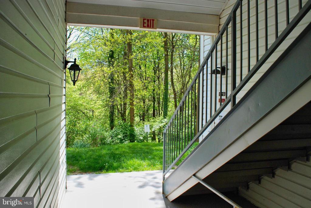 Stairs - 12902 CHURCHILL RIDGE CIR #2-1, GERMANTOWN